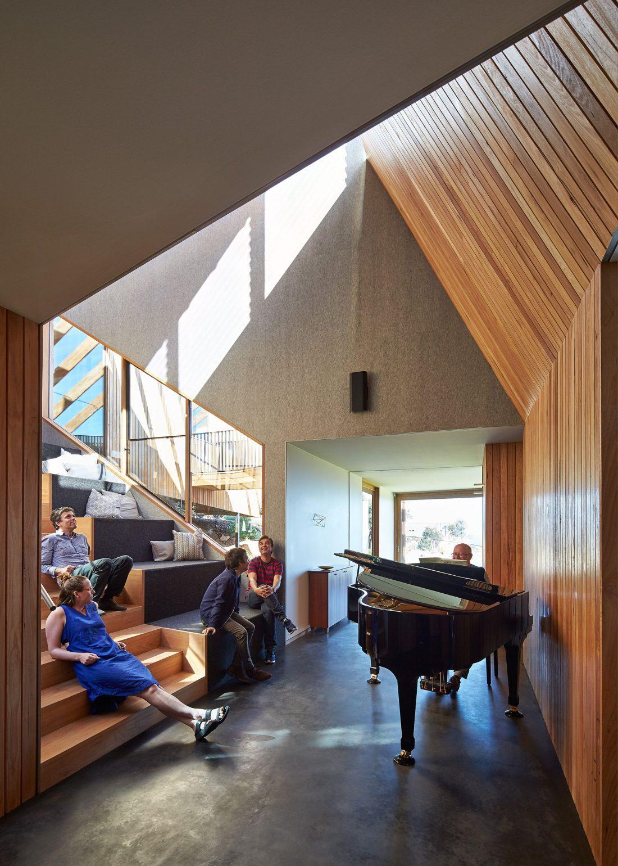 raskolotyj-dom-shedevr-zodchestva-ot-studii-bkk-architects-22