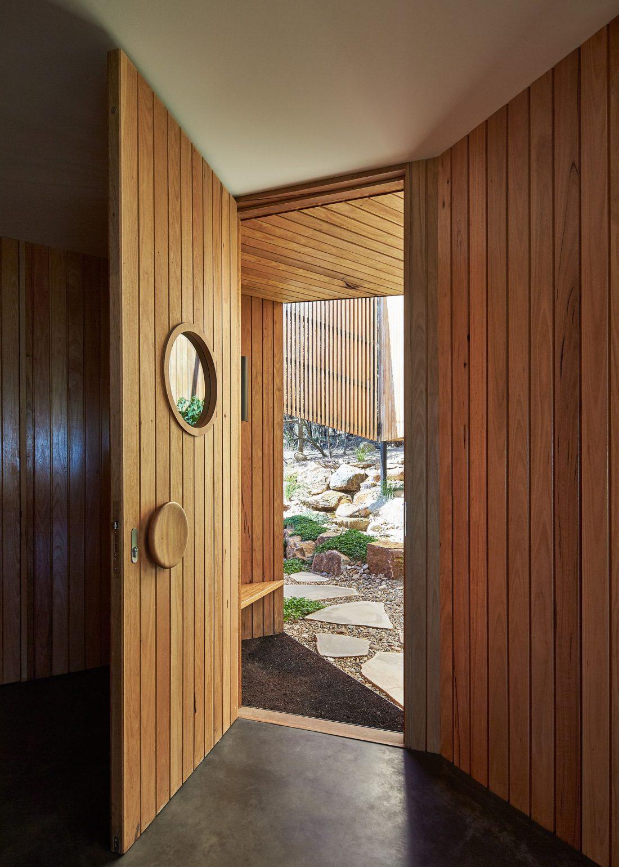 raskolotyj-dom-shedevr-zodchestva-ot-studii-bkk-architects-8