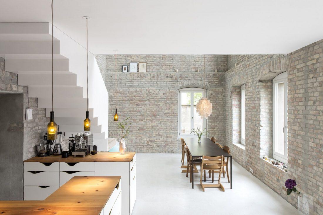 rekonstruktsiya-starinnogo-zdaniya-v-berline-po-proektu-asdfg-architekten-10