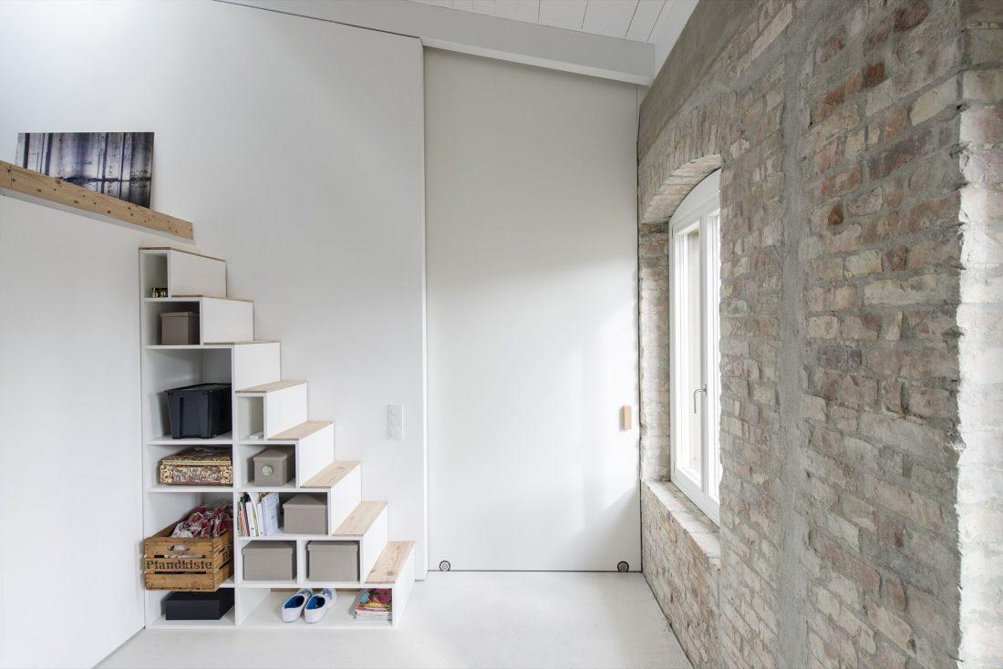 rekonstruktsiya-starinnogo-zdaniya-v-berline-po-proektu-asdfg-architekten-15