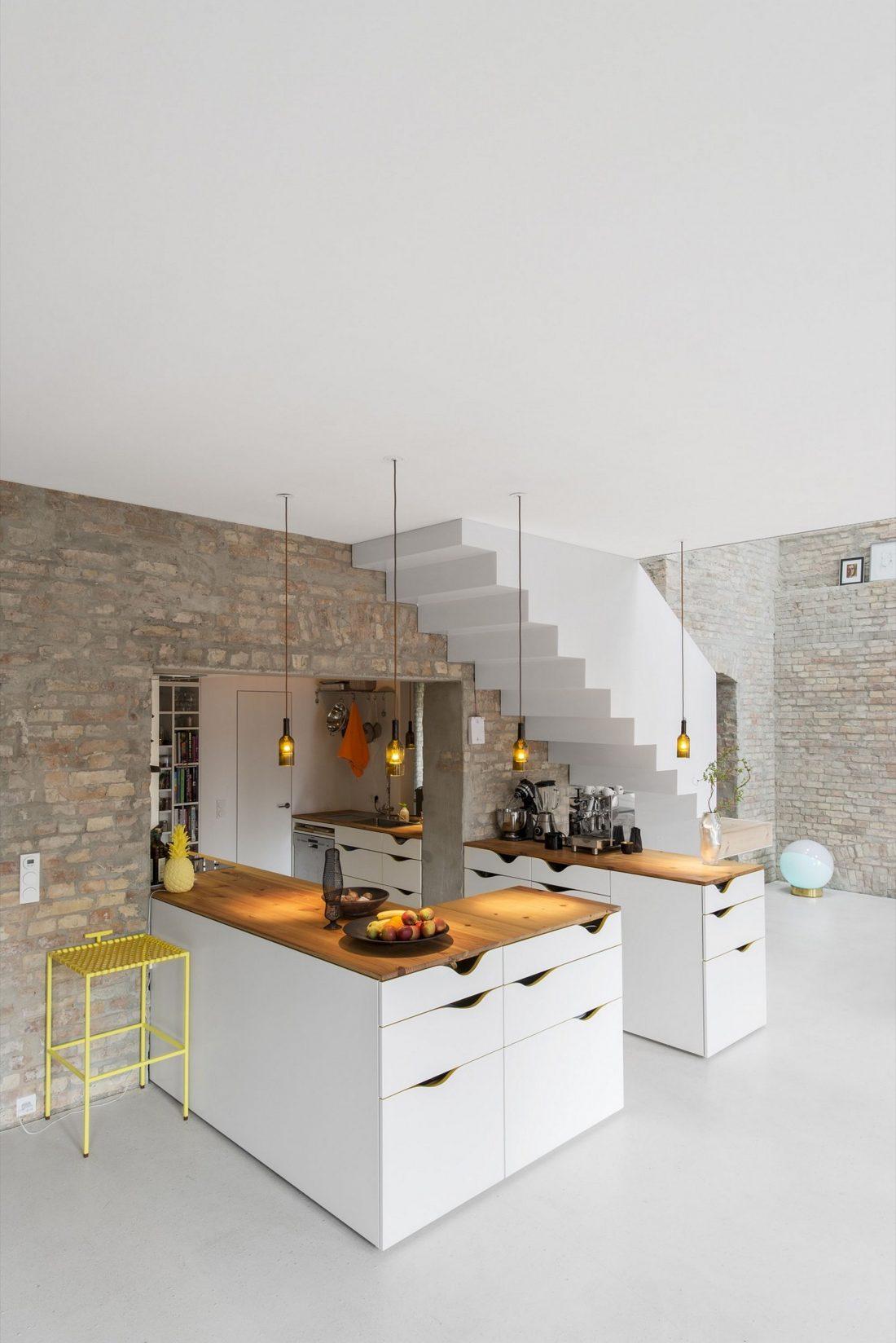rekonstruktsiya-starinnogo-zdaniya-v-berline-po-proektu-asdfg-architekten-24
