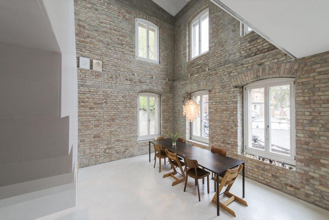 rekonstruktsiya-starinnogo-zdaniya-v-berline-po-proektu-asdfg-architekten-5