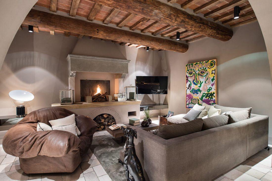 sredizemnomorskij-stil-v-interere-starinnogo-doma-v-italii-15