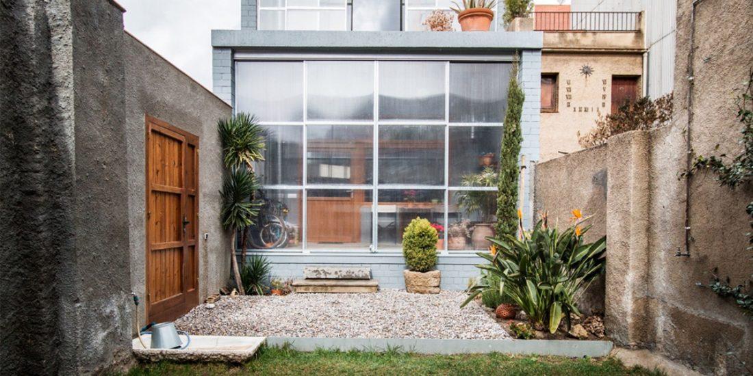 trehetazhnyj-dom-v-barselone-po-proektu-studii-h-arquitectes-9