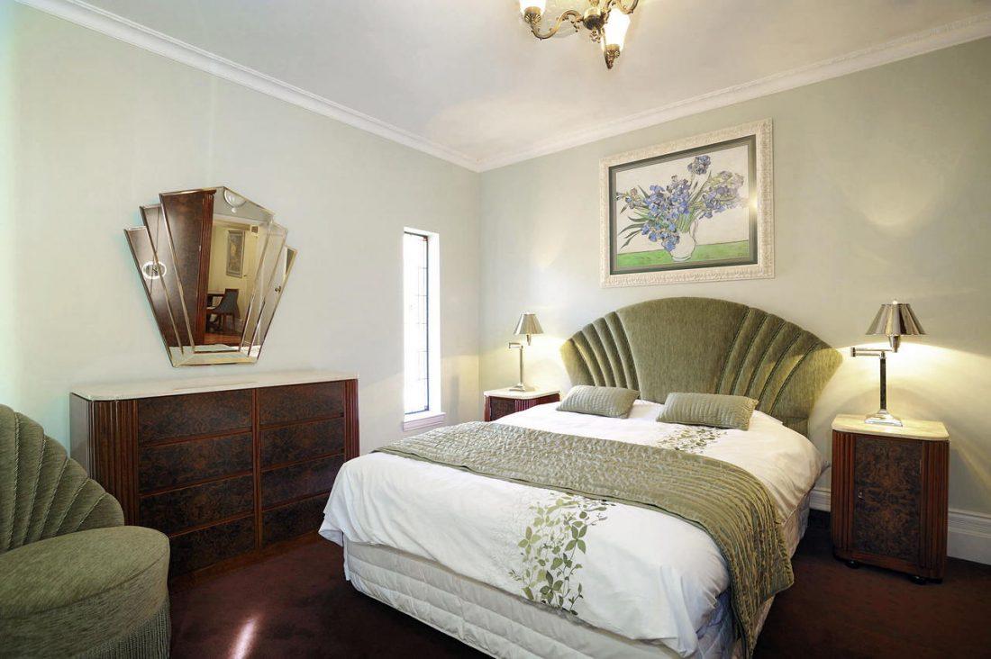 Арт деко стиль в интерьере спальни 5