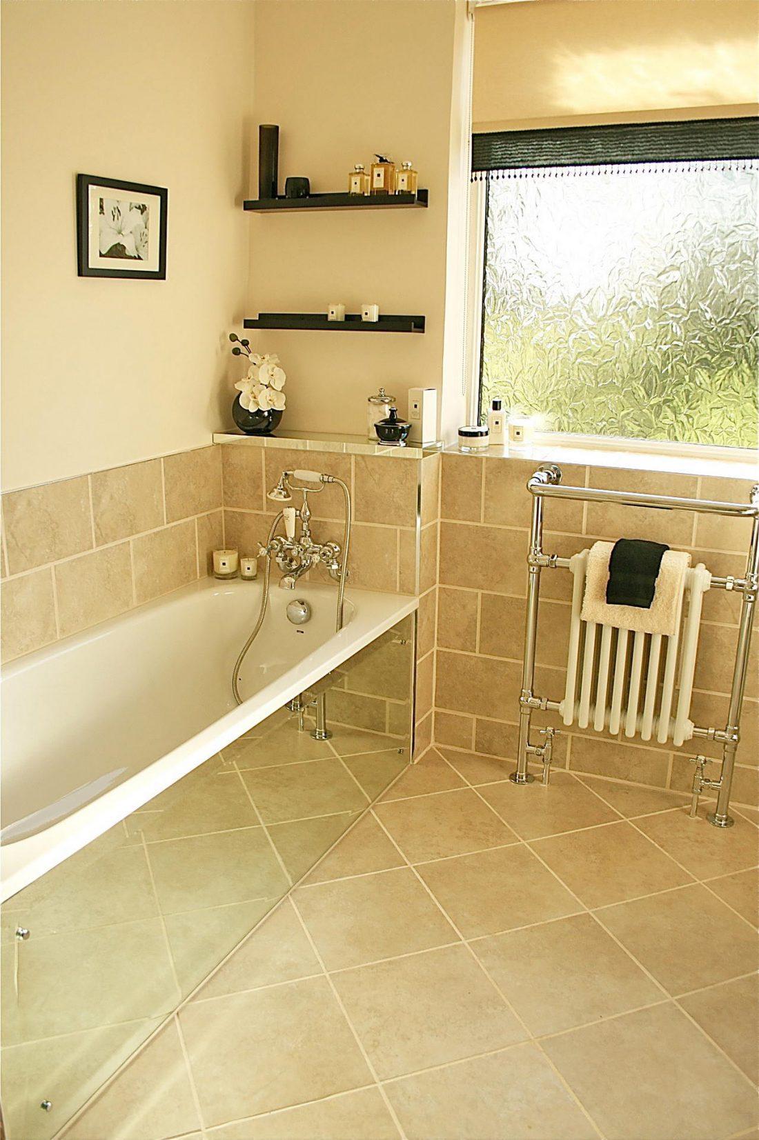 Арт деко стиль в интерьере ванной комнаты 7