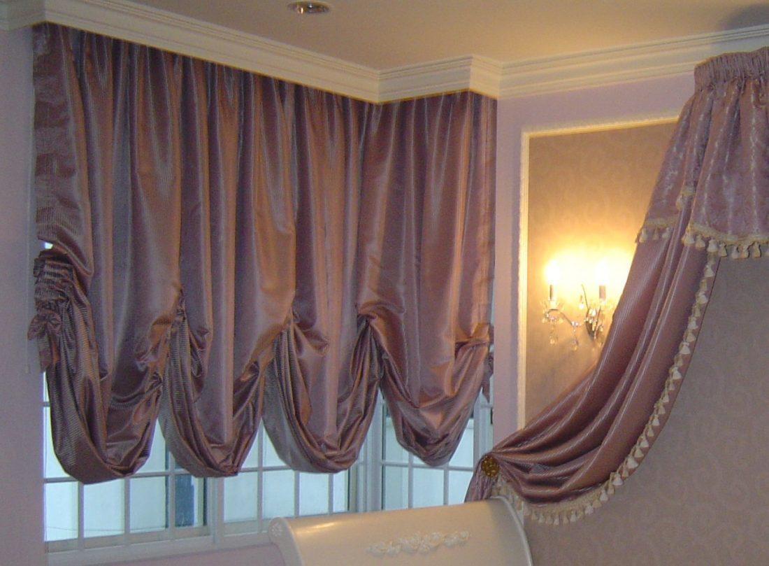 Австрийские шторы в гостиной 2