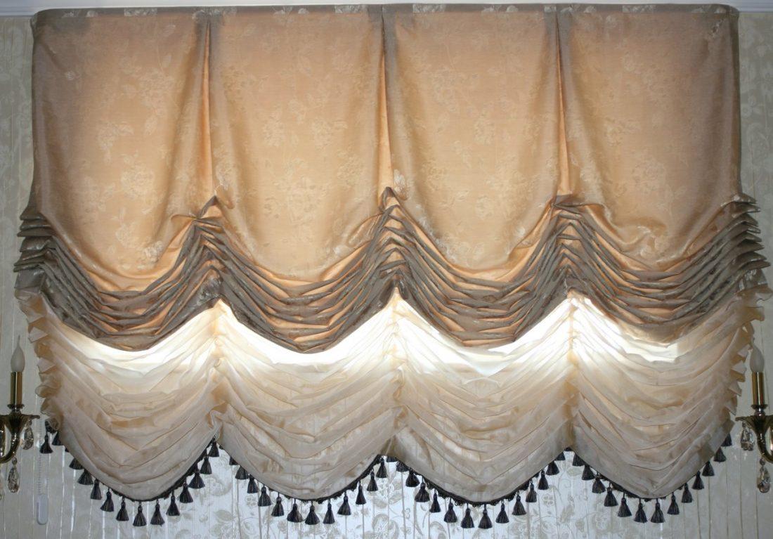 Австрийские шторы в гостиной 3