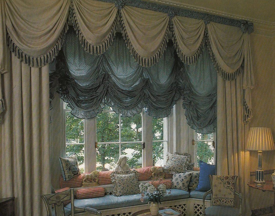 Австрийские шторы в гостиной 4