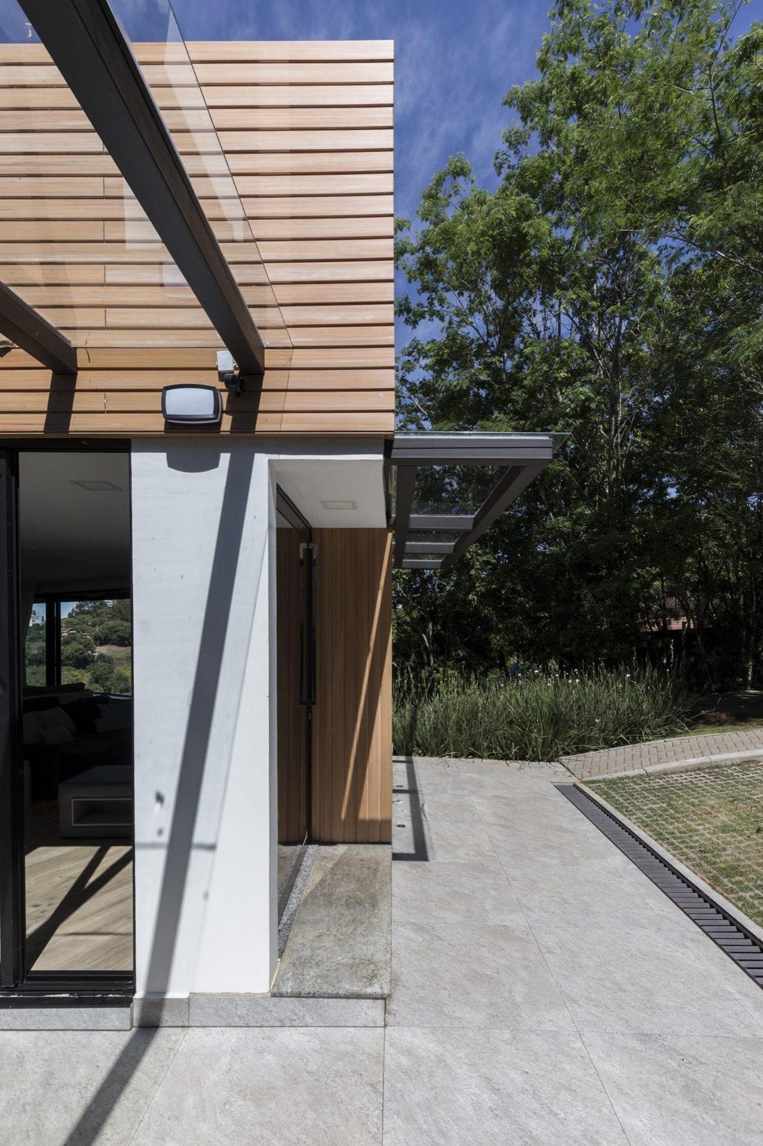 Деревенский дом в Бразилии от студии Sacha Zanin 18