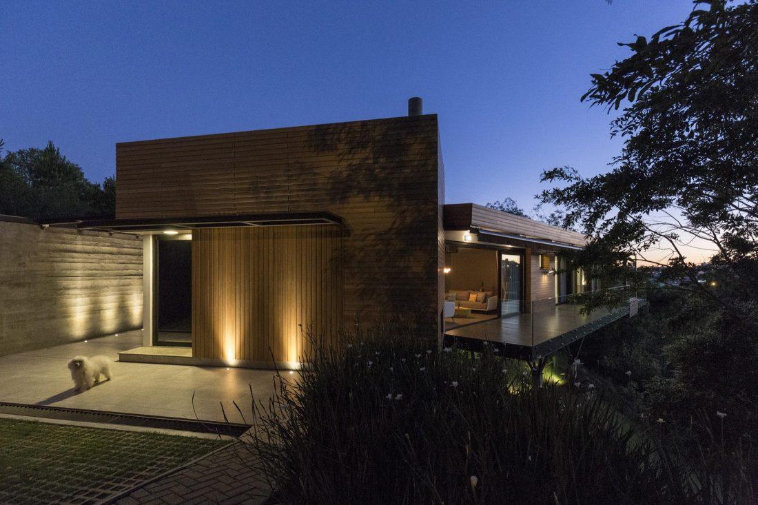 Деревенский дом в Бразилии от студии Sacha Zanin 26