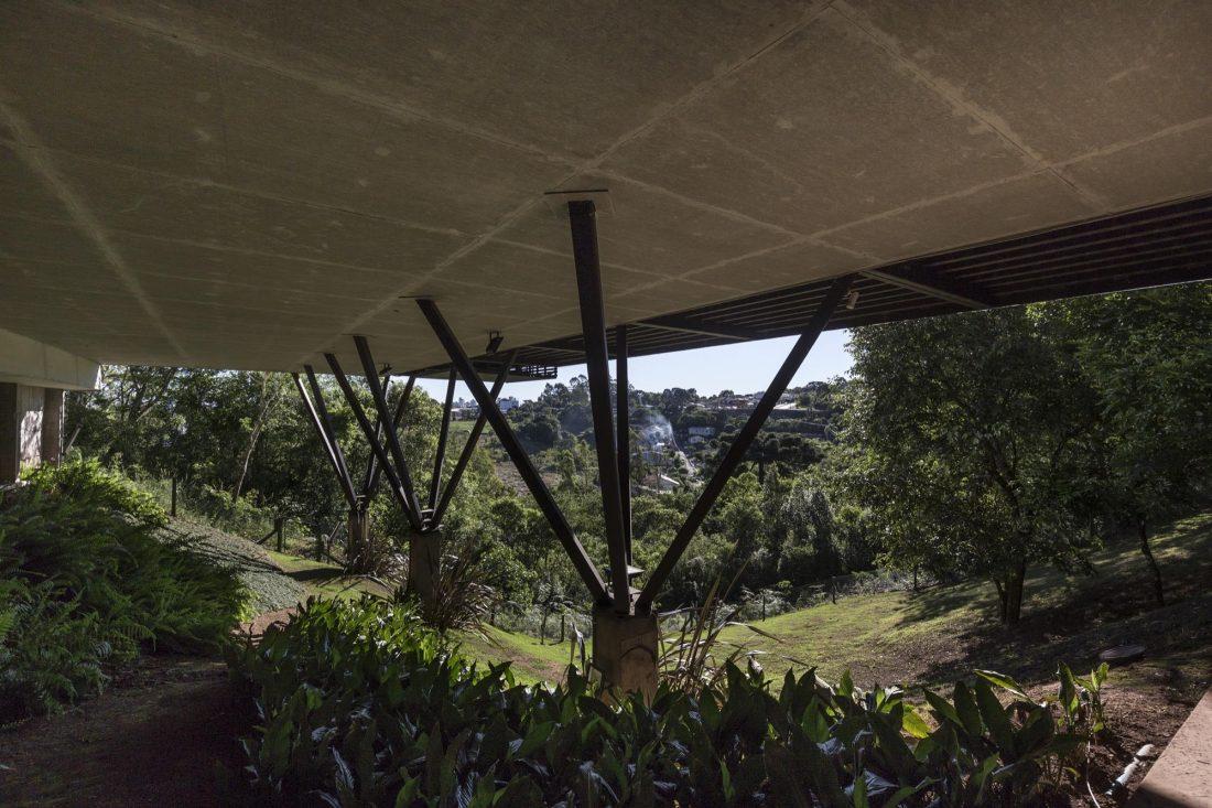 Деревенский дом в Бразилии от студии Sacha Zanin 3