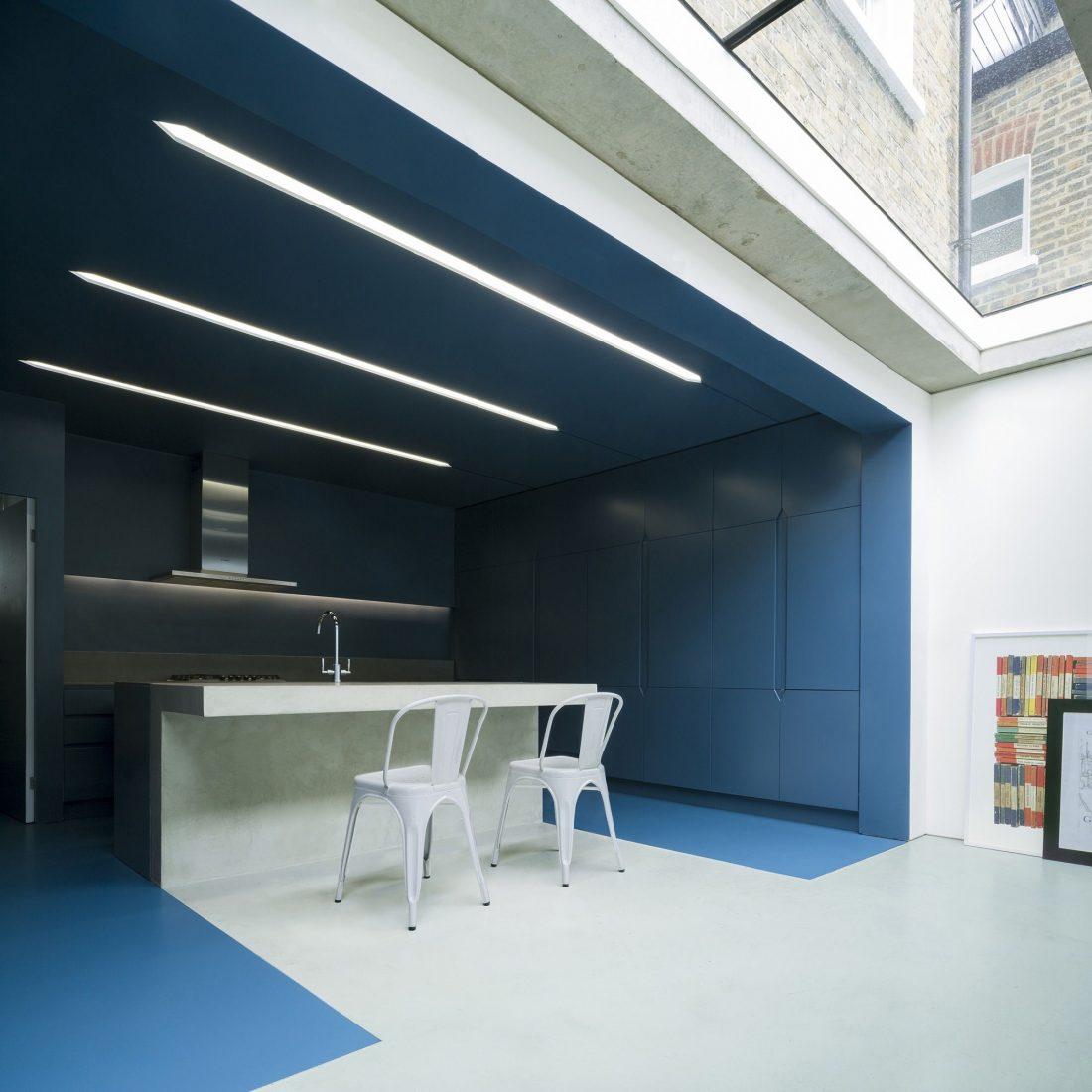 dinamika-i-obem-v-predelah-50-metrov-proekt-bureau-de-change-architects-3