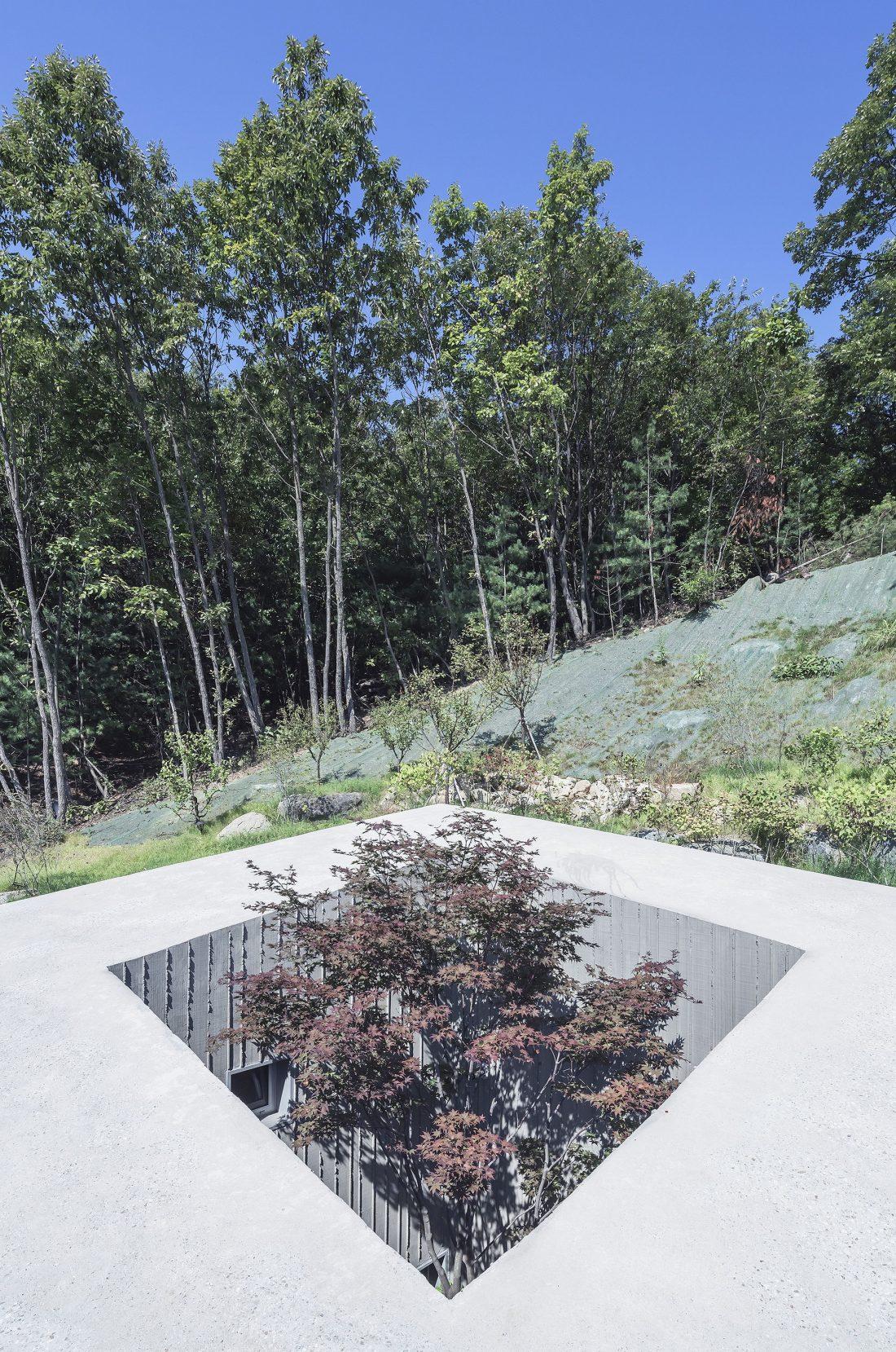 Дом на склоне горы от студии BCHO Architects 2