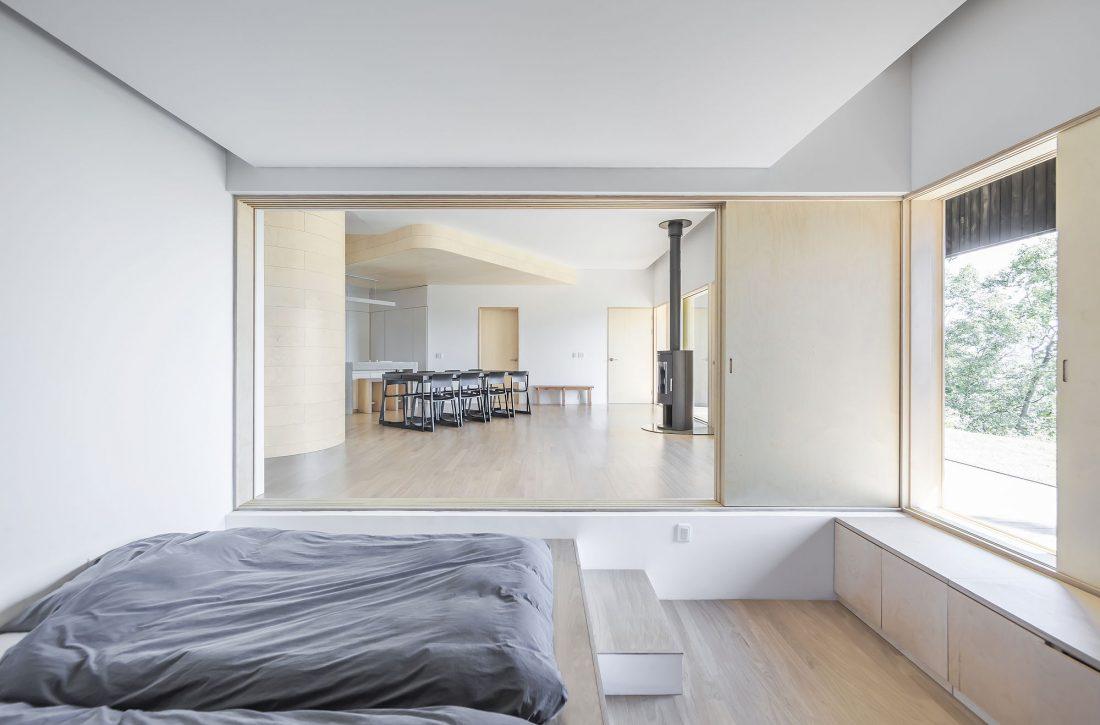 Дом на склоне горы от студии BCHO Architects 29