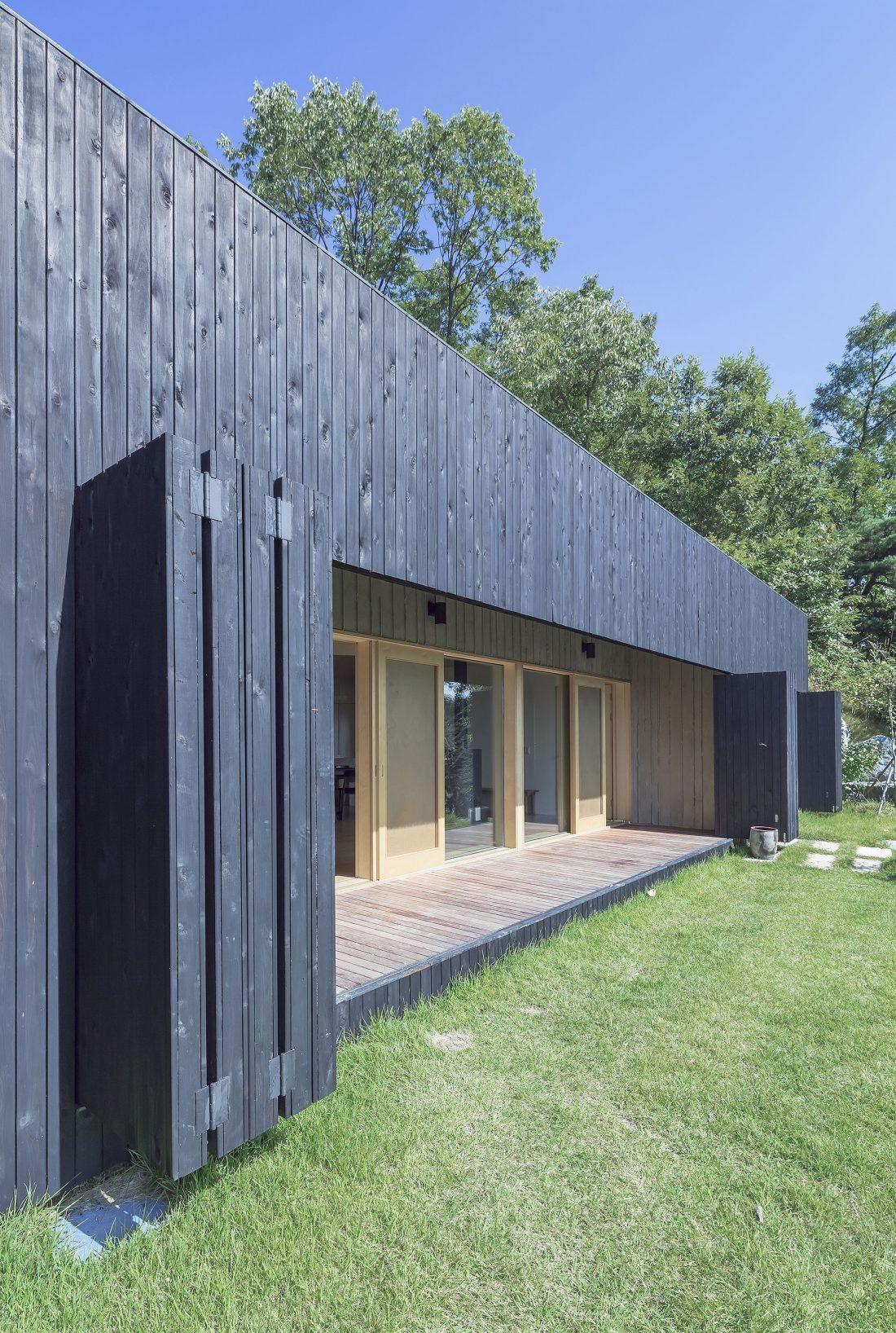 Дом на склоне горы от студии BCHO Architects 4