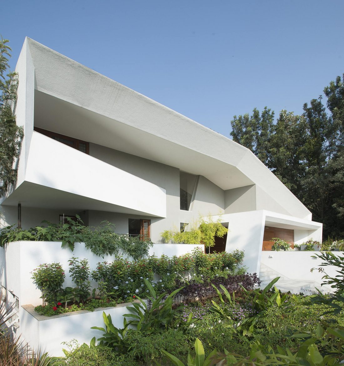 Дом с внутренним двором от Architecture Paradigm 1