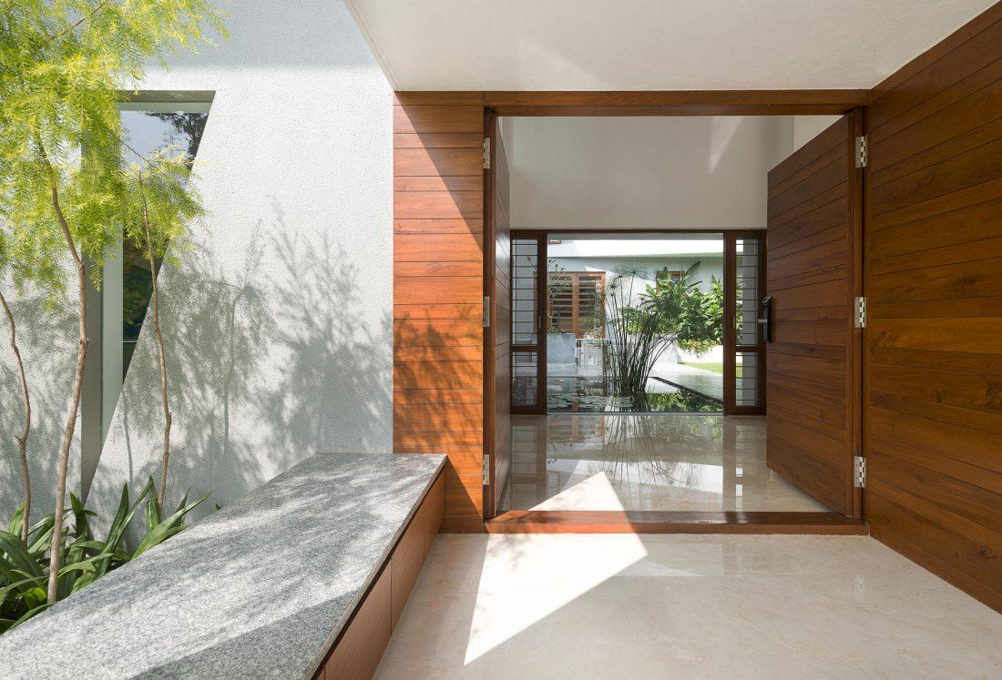 Дом с внутренним двором от Architecture Paradigm 7