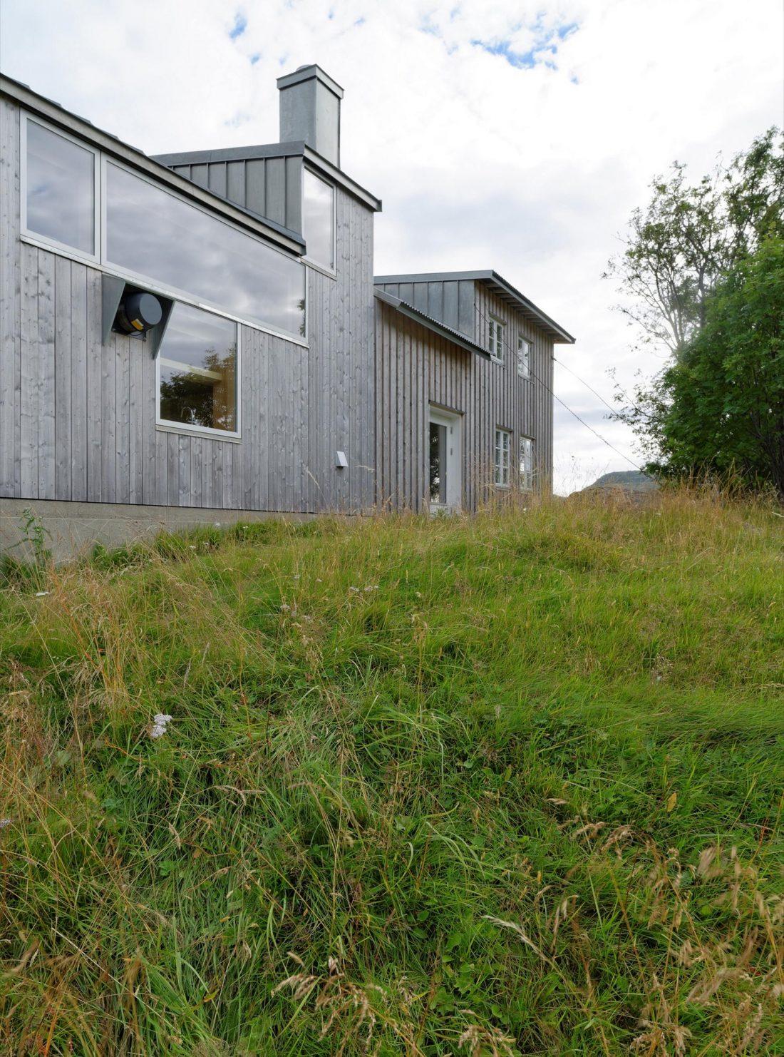 Летний домик в Норвегии по проекту студии Carl-Viggo Holmebakk 18