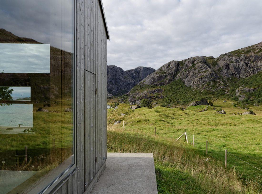 Летний домик в Норвегии по проекту студии Carl-Viggo Holmebakk 5