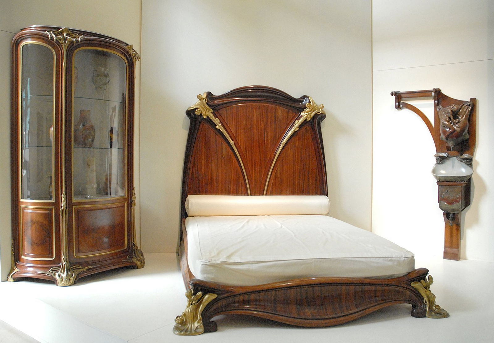 Wandfarbe kirschbaum schlafzimmer