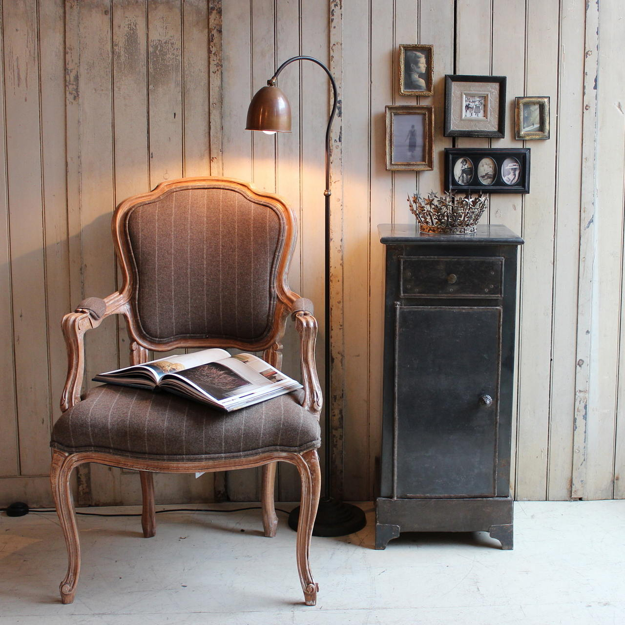 Pictures of vintage furniture