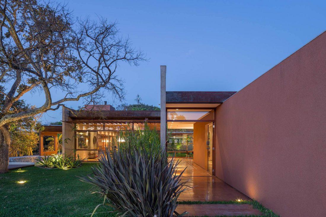 Проект Дом 28 в Бразилии от студии Equipe Lamas 11