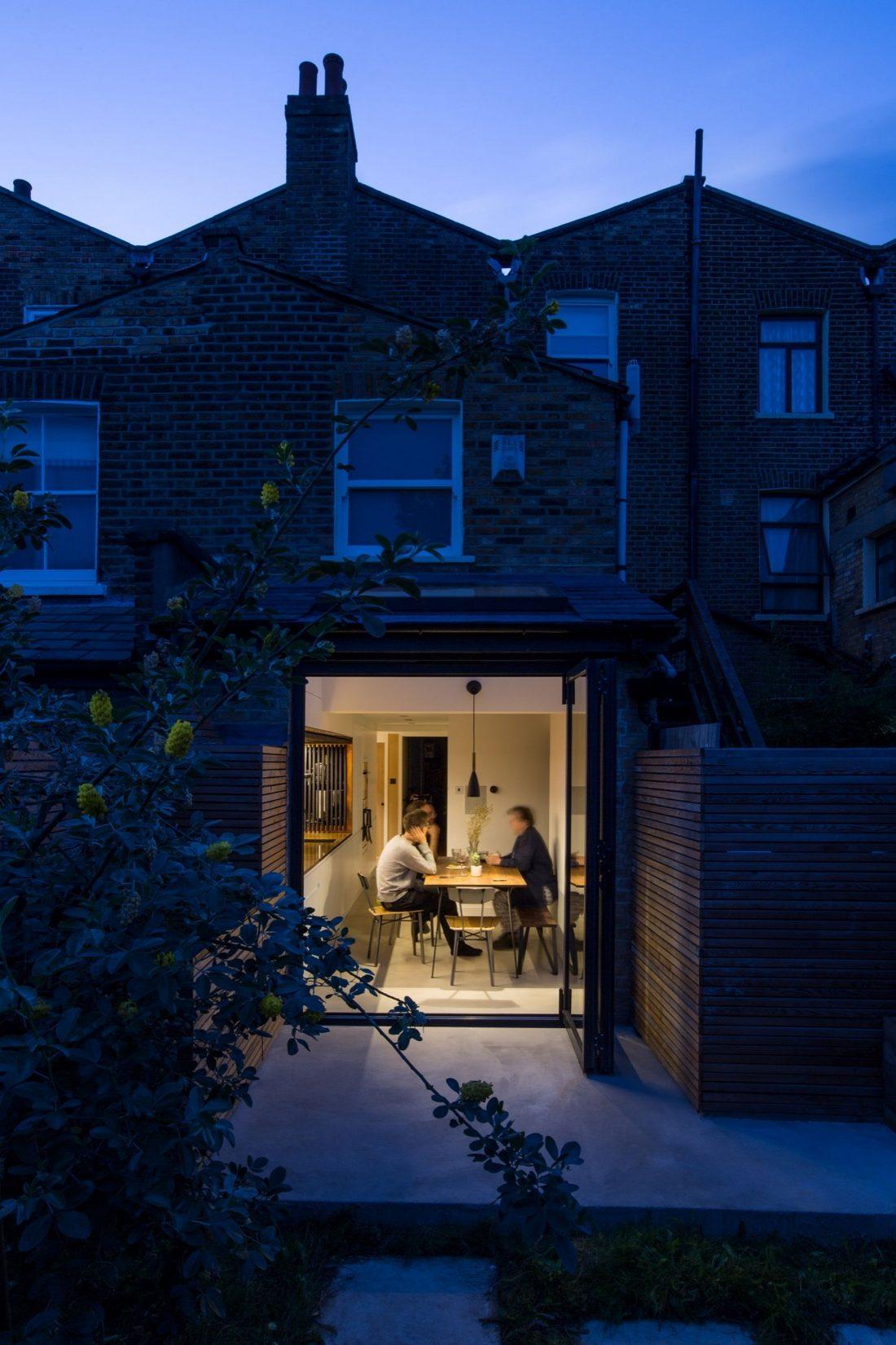 Проект Затонувшая ванная от студии Studio 304 Architecture 1