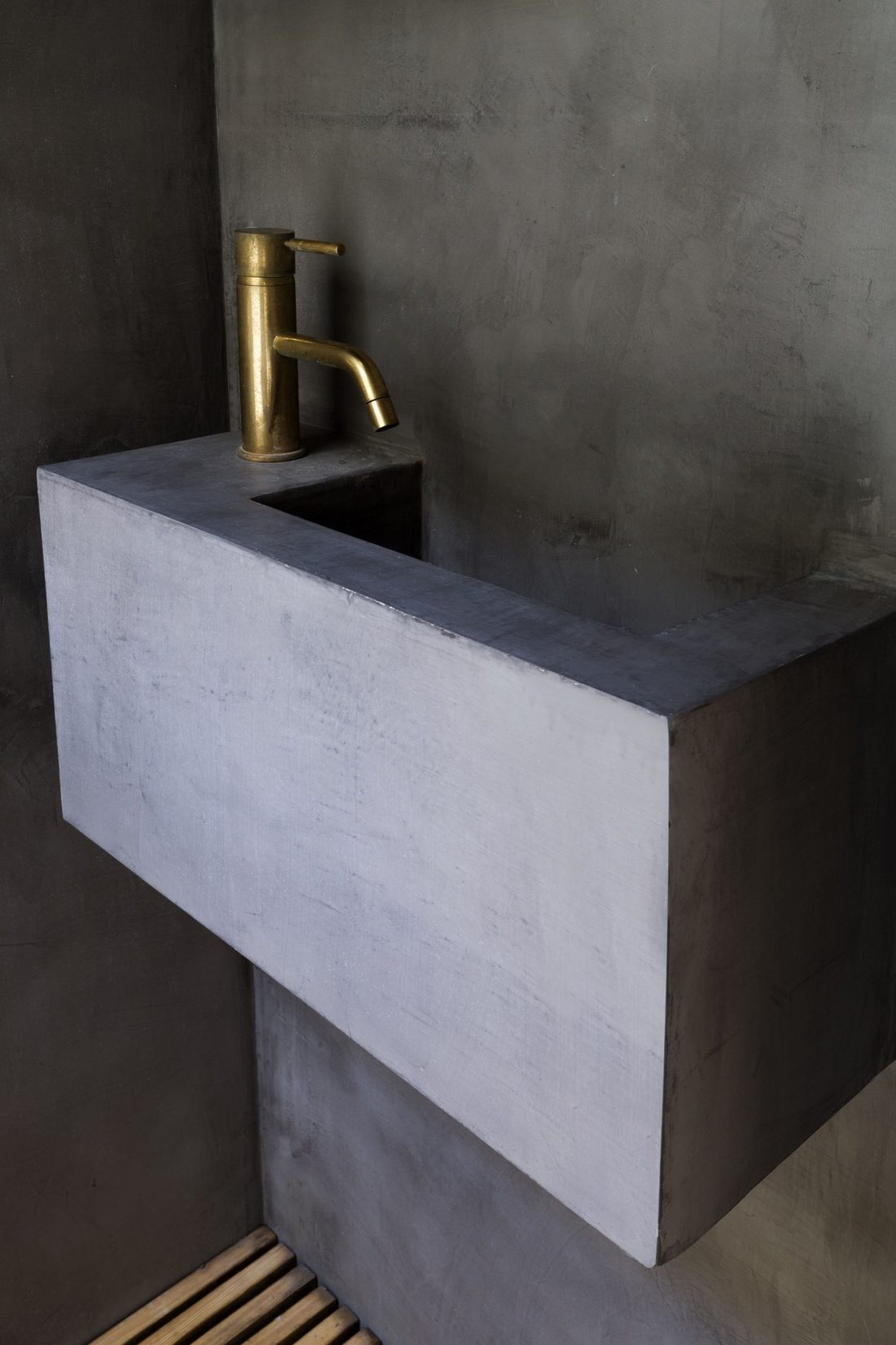 Проект Затонувшая ванная от студии Studio 304 Architecture 7