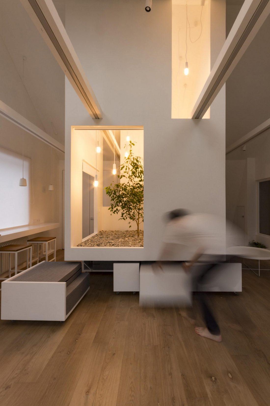 Проект мансардной квартиры от студии Ruetemple в Москве 13