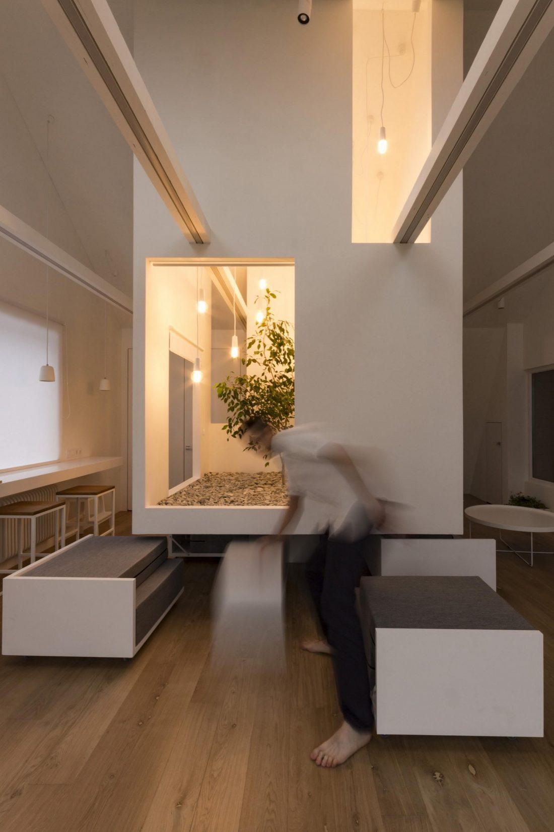 Проект мансардной квартиры от студии Ruetemple в Москве 23