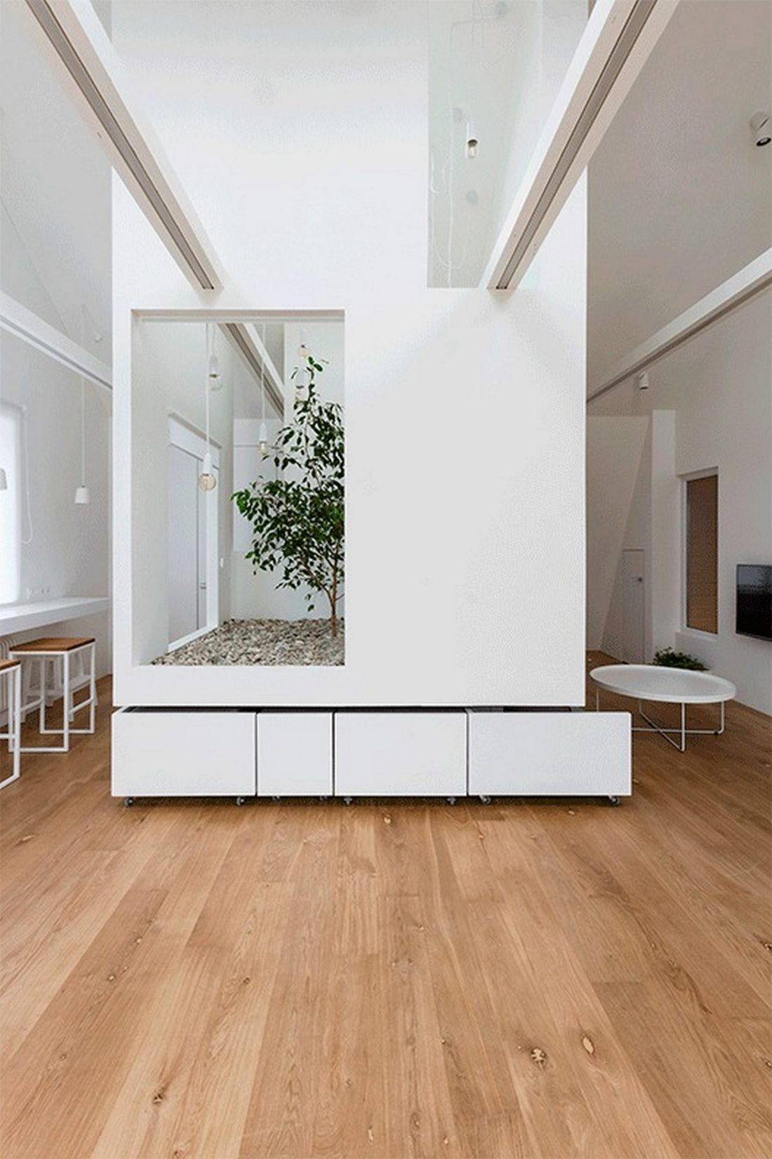 Проект мансардной квартиры от студии Ruetemple в Москве 3