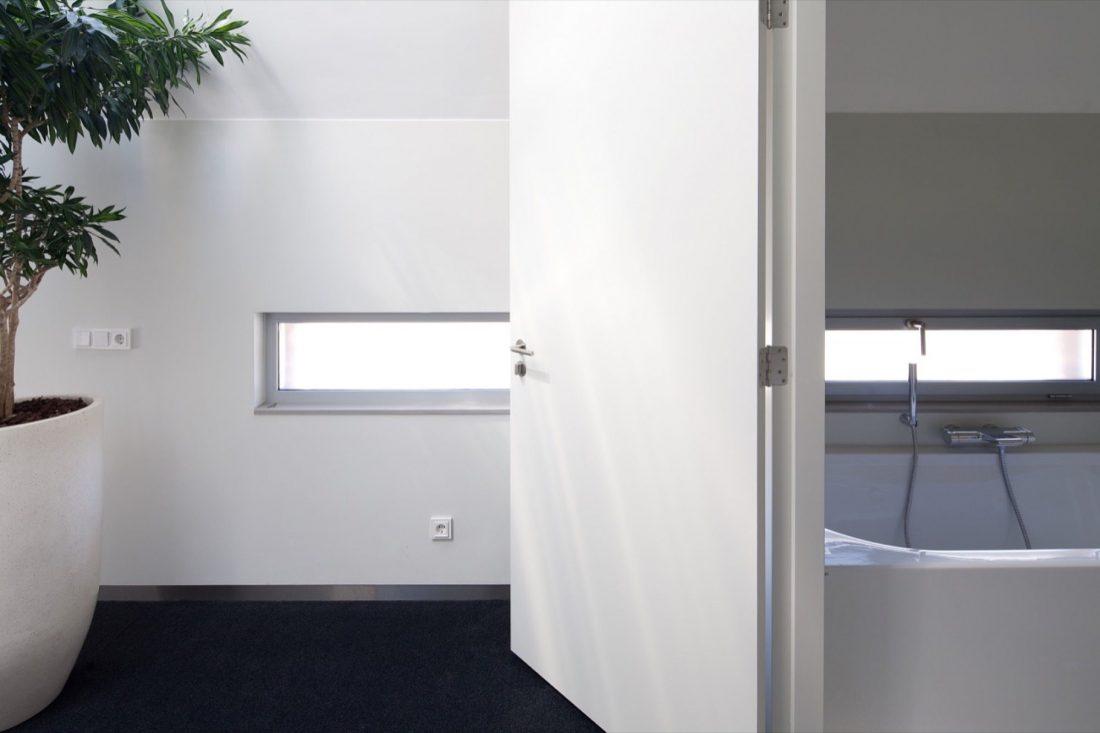 riel-estate-dom-v-niderlandah-po-proektu-studii-joris-verhoeven-12