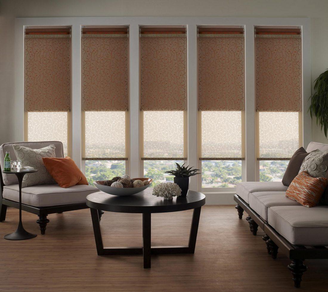 Рулонные шторы в гостиной 2