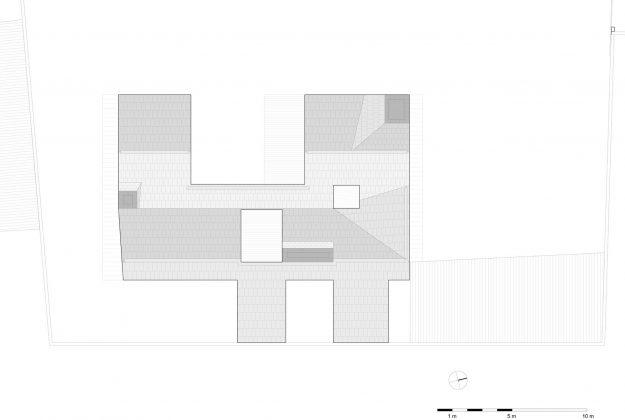 seryj-granitnyj-dom-ot-studii-ifdesign-17