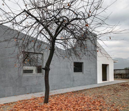 seryj-granitnyj-dom-ot-studii-ifdesign-3