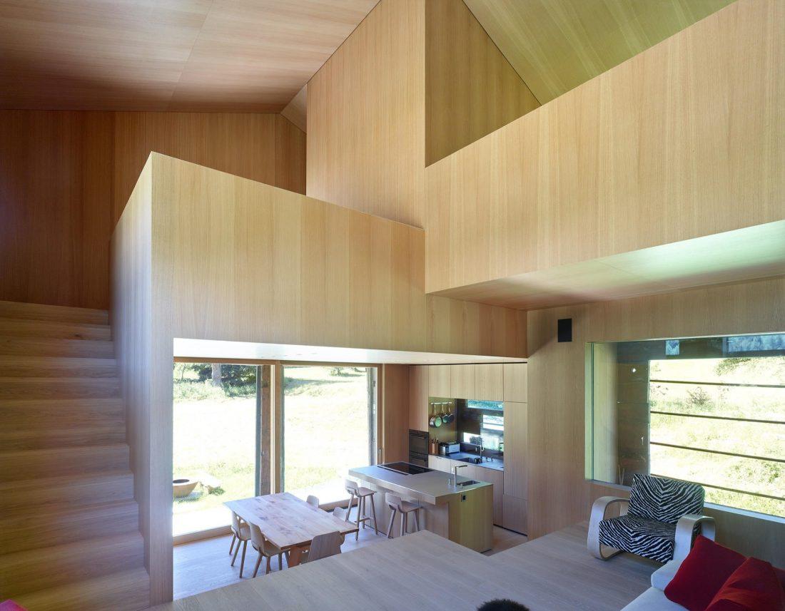 Современный дом из старого амбара в Швейцарии от студии Savioz Fabrizzi Architectes 8