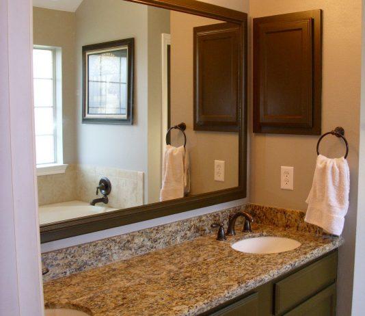 Стиль модерн в интерьере ванной комнаты 10