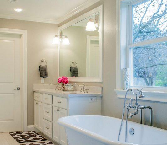 Стиль модерн в интерьере ванной комнаты 15