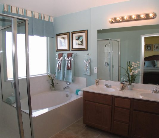 Стиль модерн в интерьере ванной комнаты 19