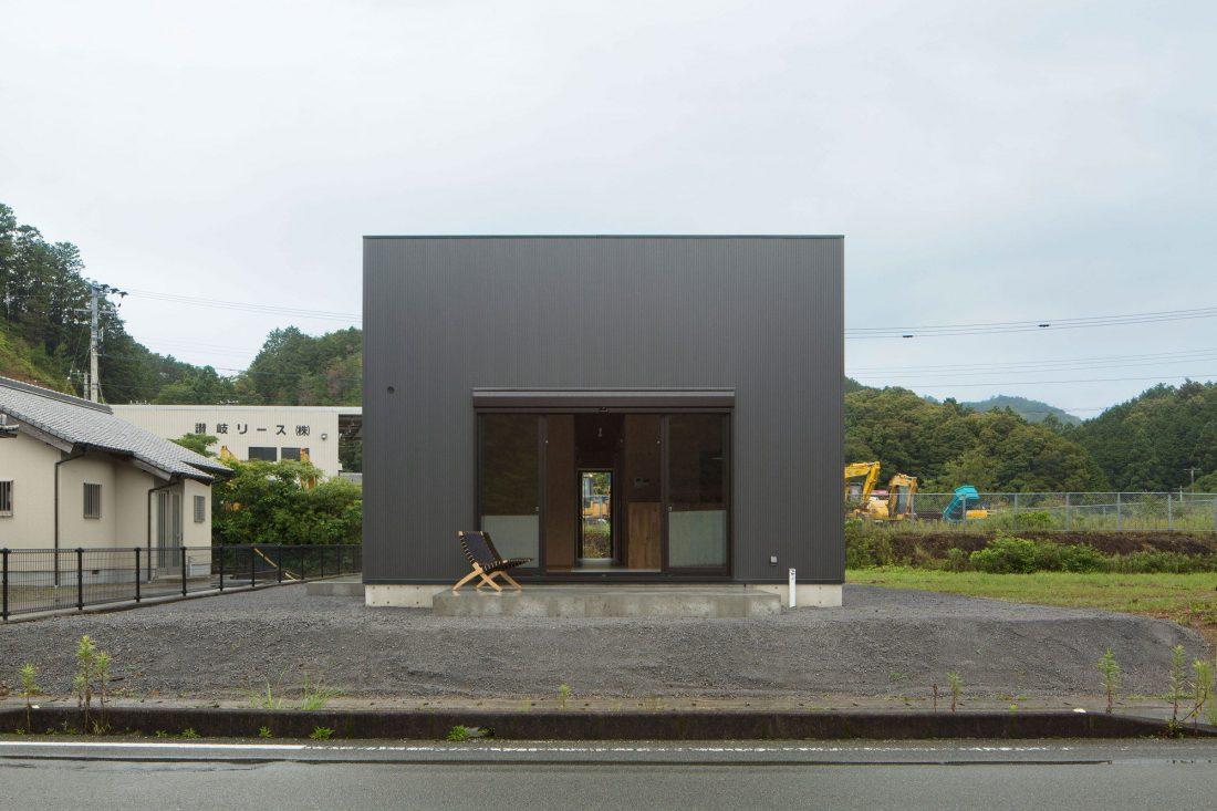 yaponskij-loft-proekt-loft-house-ot-studii-capd-11
