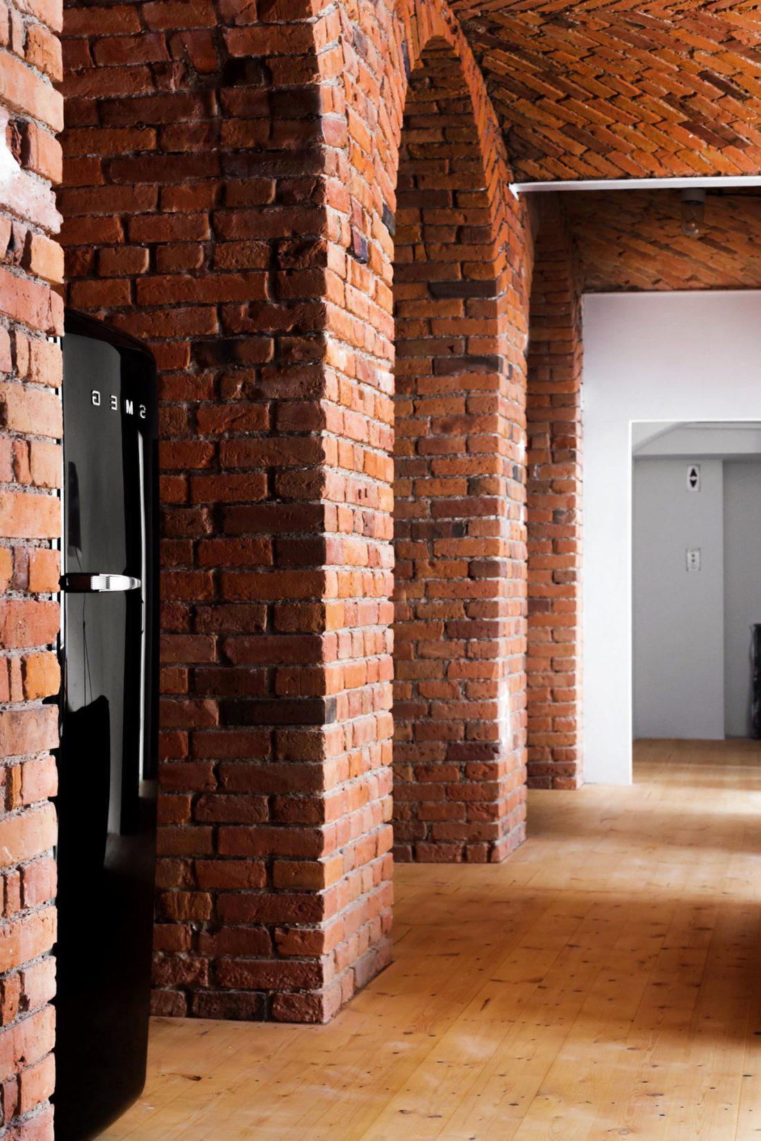 Дизайн интерьера квартиры в стиле лофт 28