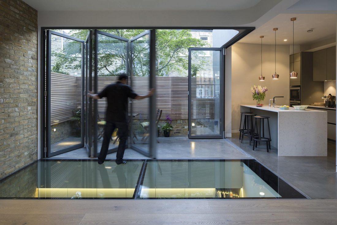 Дом Брекенбури от студии Neil Dusheiko Architects 1