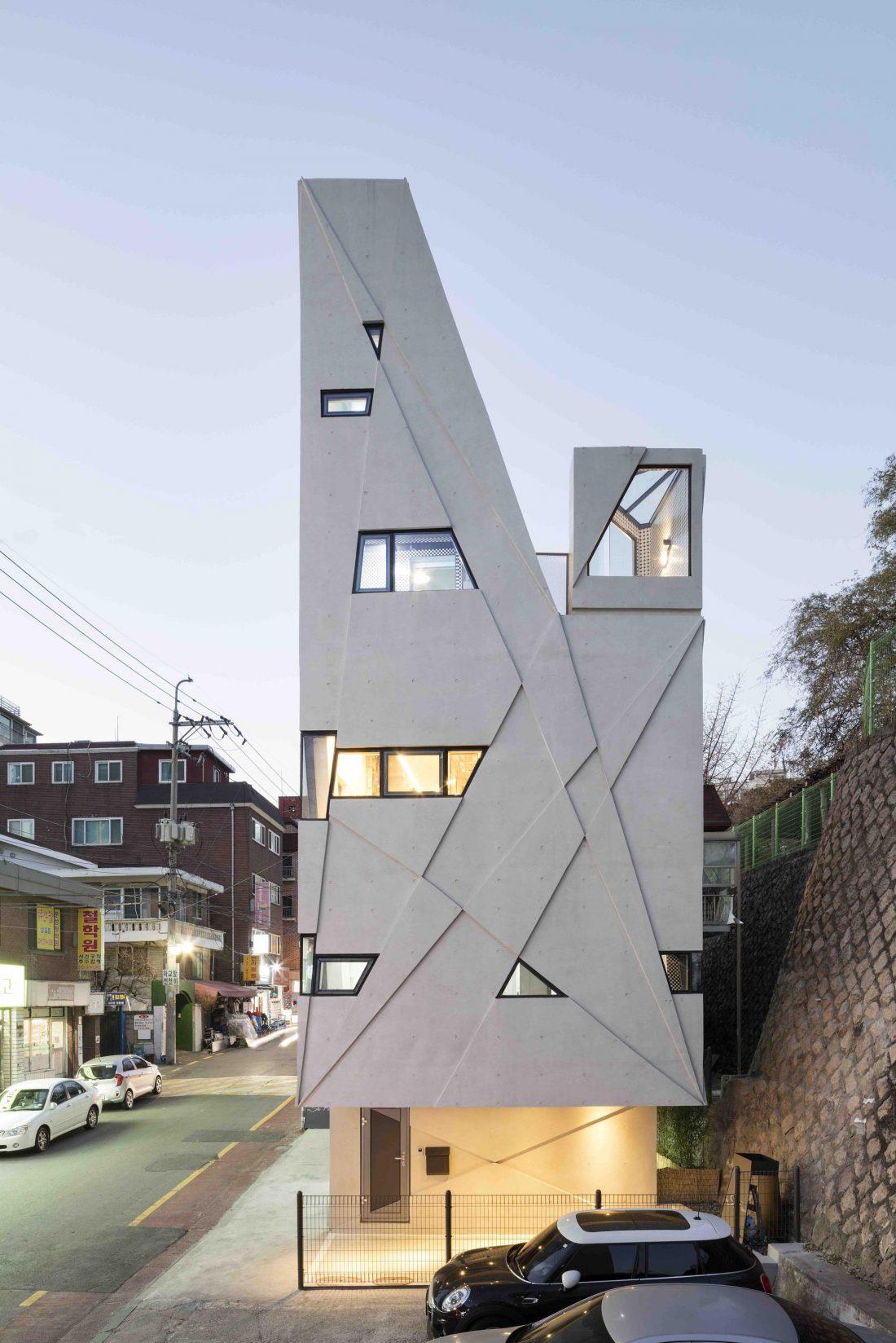 Дом в хай-тек стиле по проекту студии Moon Hoon в Южной Корее 10