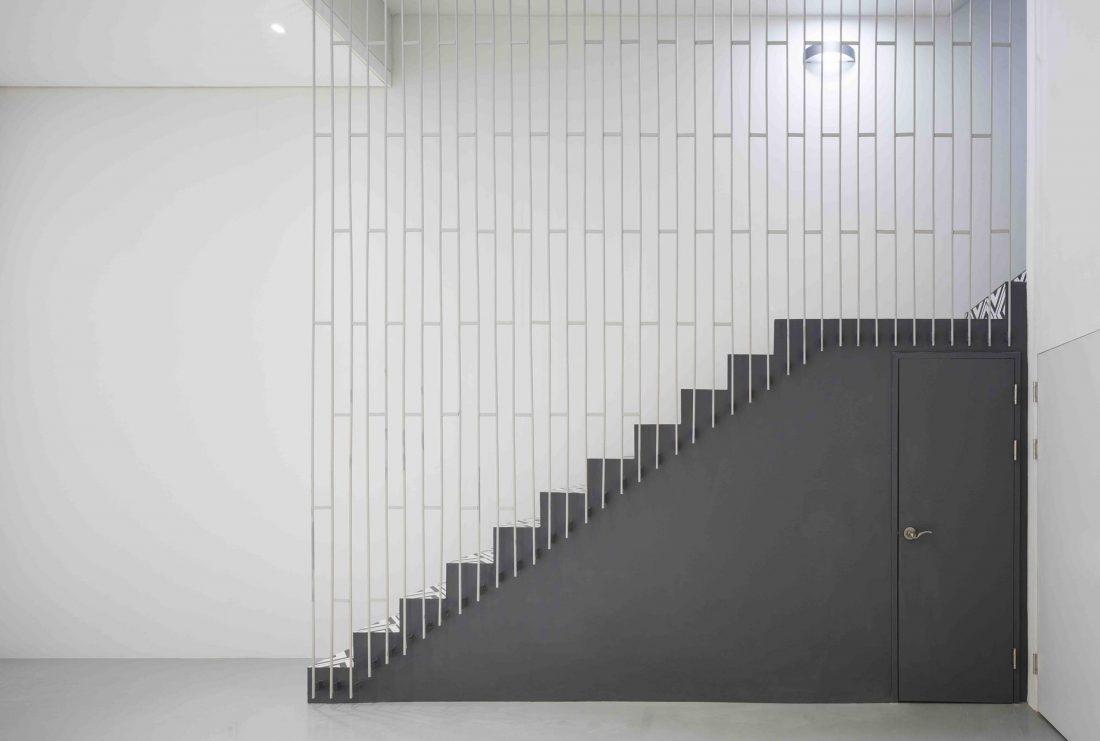 Дом в хай-тек стиле по проекту студии Moon Hoon в Южной Корее 13