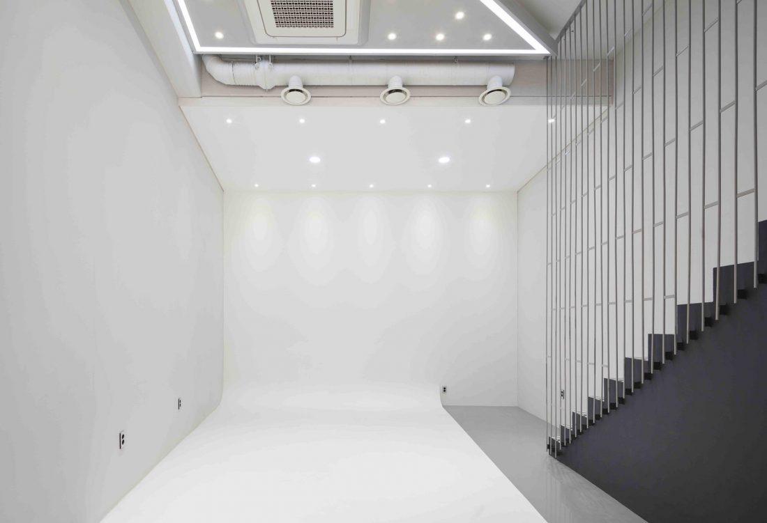 Дом в хай-тек стиле по проекту студии Moon Hoon в Южной Корее 26
