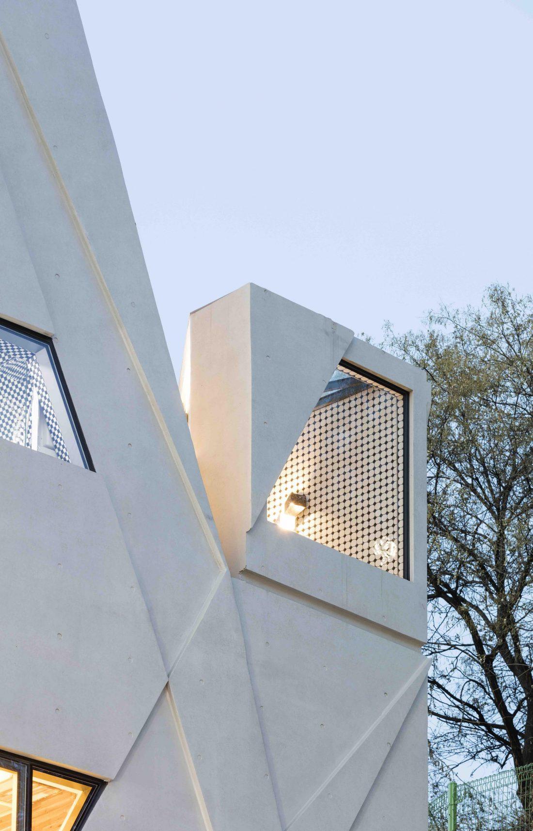 Дом в хай-тек стиле по проекту студии Moon Hoon в Южной Корее 3