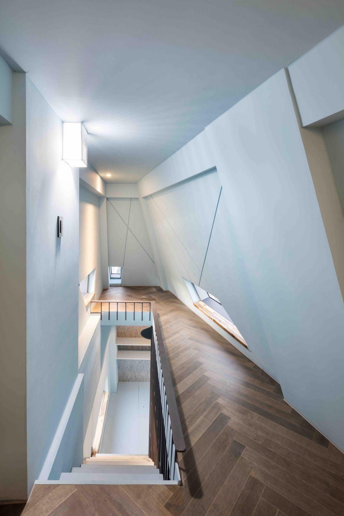 Дом в хай-тек стиле по проекту студии Moon Hoon в Южной Корее 8