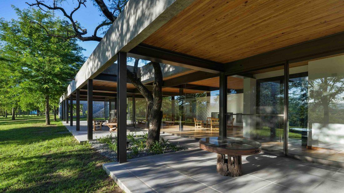 Экологичный и аутентичный проект дома от студии MWS arquitectura 28