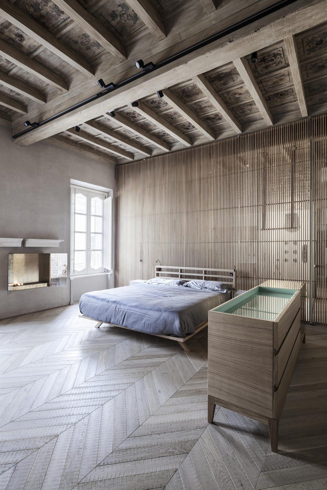 Квартира в античном стиле в старинном доме в Италии 3